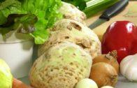 Sałata i seler – własny wysiew i uprawa. Jak uprawiać sałatę? Jak uprawiać seler?