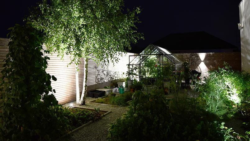 Przebudowa ogrodu – oświetlenie ogrodu – finałowy odcinek